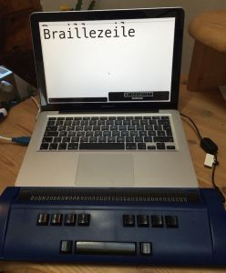 Notebook mit Braillezeile