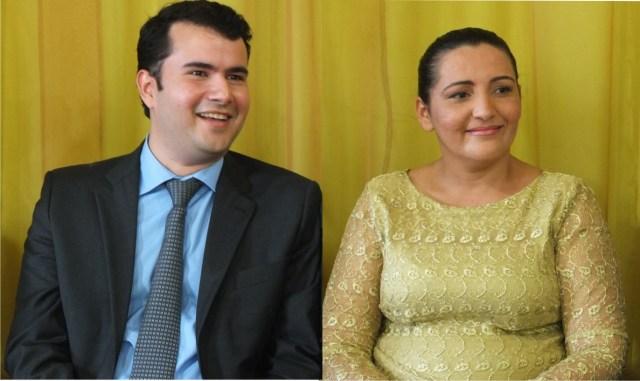 Prefeito Ricardo Almeida com a vice Ileilda Morais