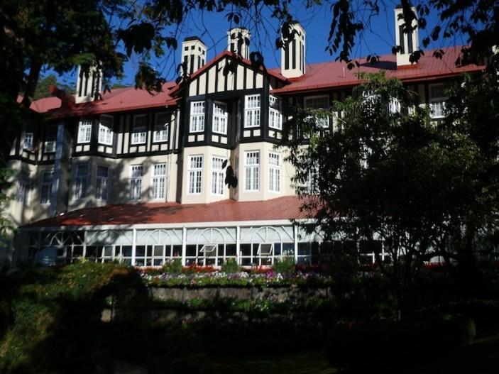 nuwara-eliya-grand-hotel