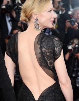 6. Cate Blanchett, presidente della giuria, indossa un abito Giorgio Armani