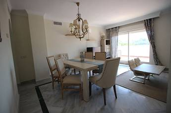3 bedroom penthouse apartment – 420,000 euros
