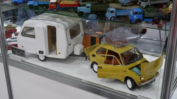 Wielgachny model turystycznego malucha