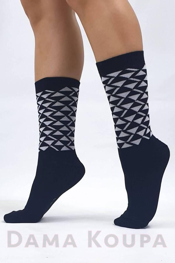 Οικονομικές γυναικείες κάλτσες