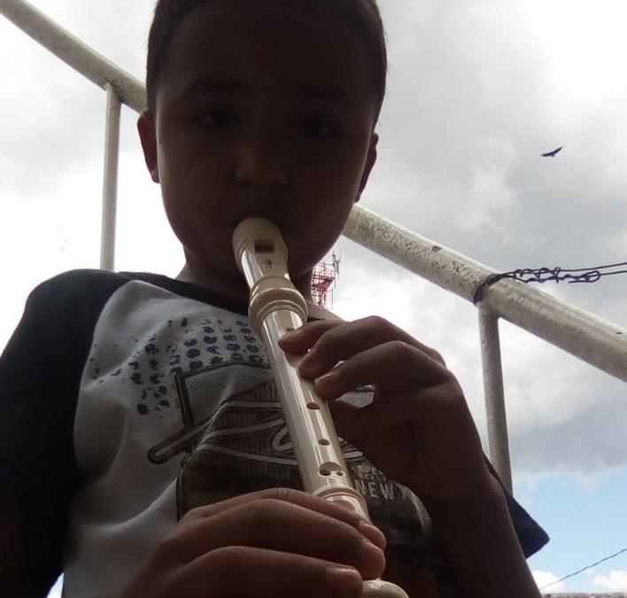 ENTREGA DE INSTRUMENTOS MUSICALES