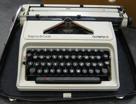 Schreibmaschine Regina