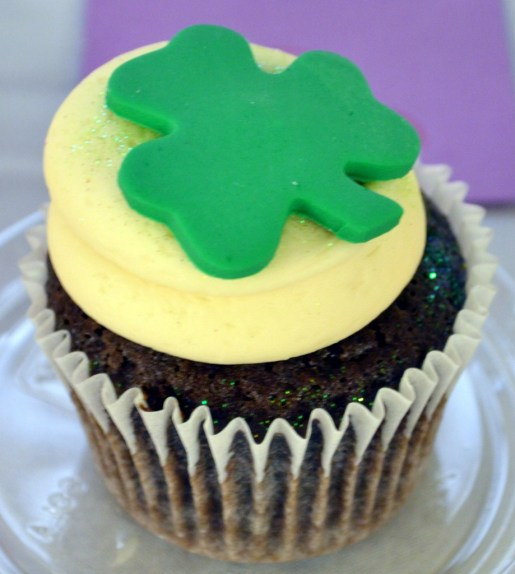 A delicious clover leaf cupcake from Christie Cakes in San Bernardino and it's the Double Chocolate Vanilla Bean Buttercream Dream. She won for her Orange Cremesicle cupcake - 3rd place in Best Overall