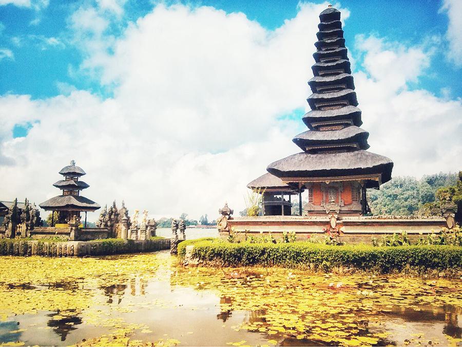 Ulundalu temple Live in Bali
