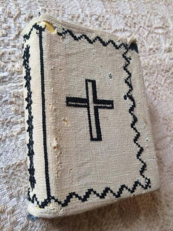 coperta biblie brodata
