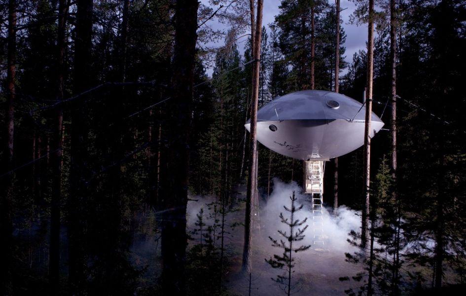 ufo house, The Tree Hotel, sweeden