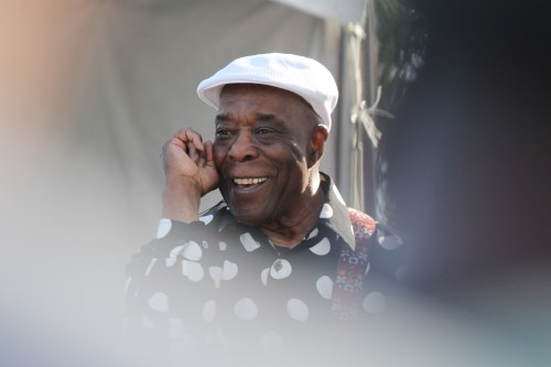 Buddy Guy, the native Louisianan who will forever be associated with Chicago blues, flashes a smile Sunday at the Doheny Blues Festival. Photo: Andrea Papagianis