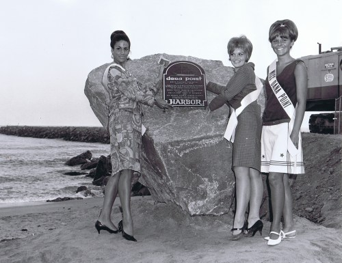 Capsule Queens (L to R) Selena Forster, Miss San Juan Capistrano; Valeria A. Zagwolski, Miss San Clemente and Nancy C. Buenger, Miss Dana Point at the time capsule sealing and dedication ceremony. Photo: By Bill Laird for Laguna Federal Savings and Loan Association