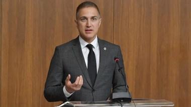 Stefanović najavio tužbu protiv medija koji ga optužuju bez dokaza