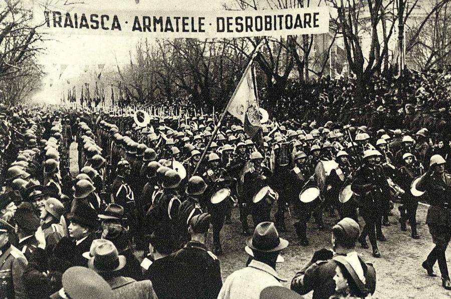 https://i1.wp.com/www.danbadea.net/wp-content/uploads/2013/06/Armata_romana_defileza_la_Chisinau.jpg