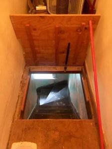 Hidden Staircase & Room