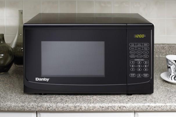 danby 0 7 cu ft microwave