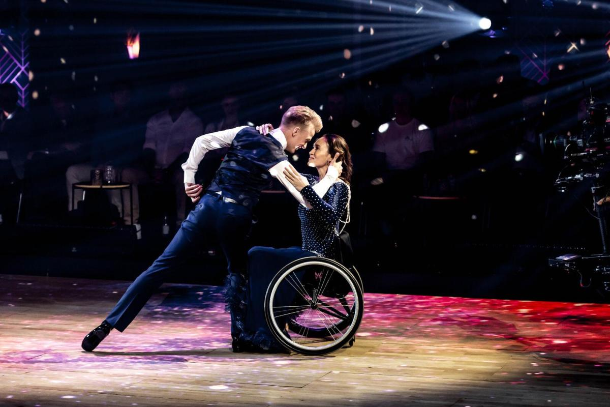 Joost Findhammer en Bibian mentel liveshow Dancing with the stars
