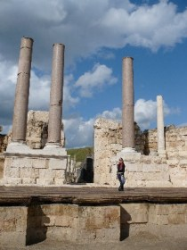 Deborah Friedes improvising at Beit She'an's ancient amphitheater.