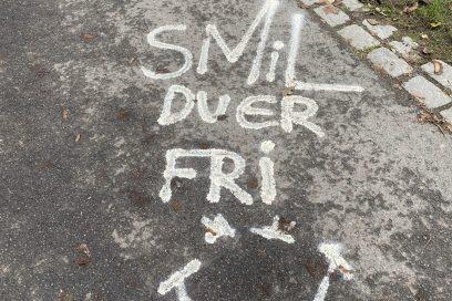 Smil, du er fri!