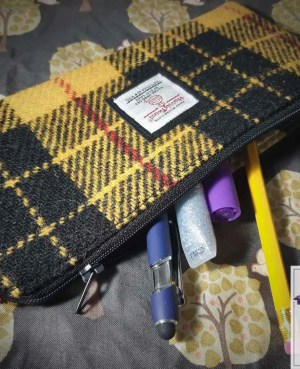 Harris Tweed pencil case: MacLeod of Lewis