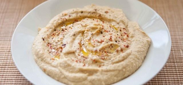 Hanf-Zucchini-Hummus