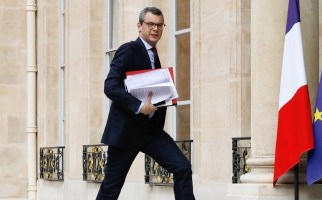 affaire-benalla-trois-collaborateurs-d-emmanuel-macron-auditionnes-par-la-police__797625_