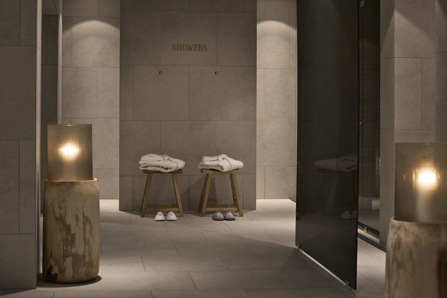 Amazing Space Spa At DAngleterre