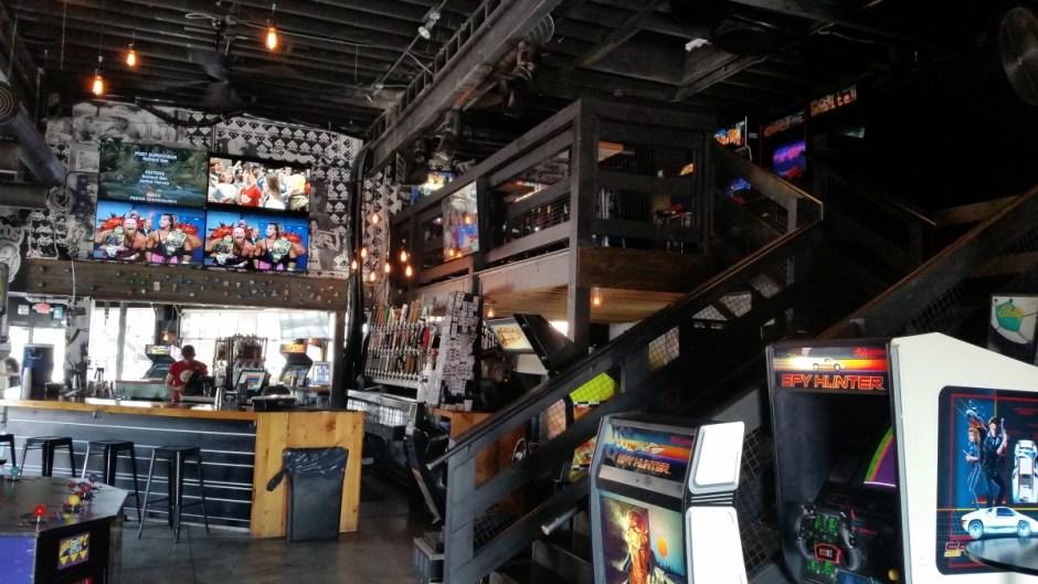 Up-Down Arcade Bar