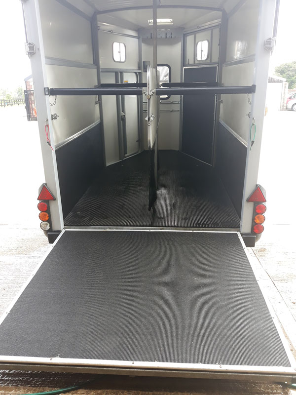 Horse Trailer full valet