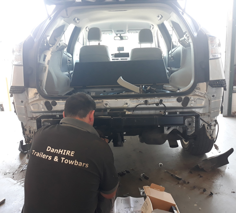 DanHIRE Towbar Fitting