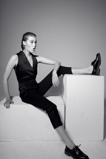 Eline van Haasteren by Daniel Gossmann for Women Managment Milan