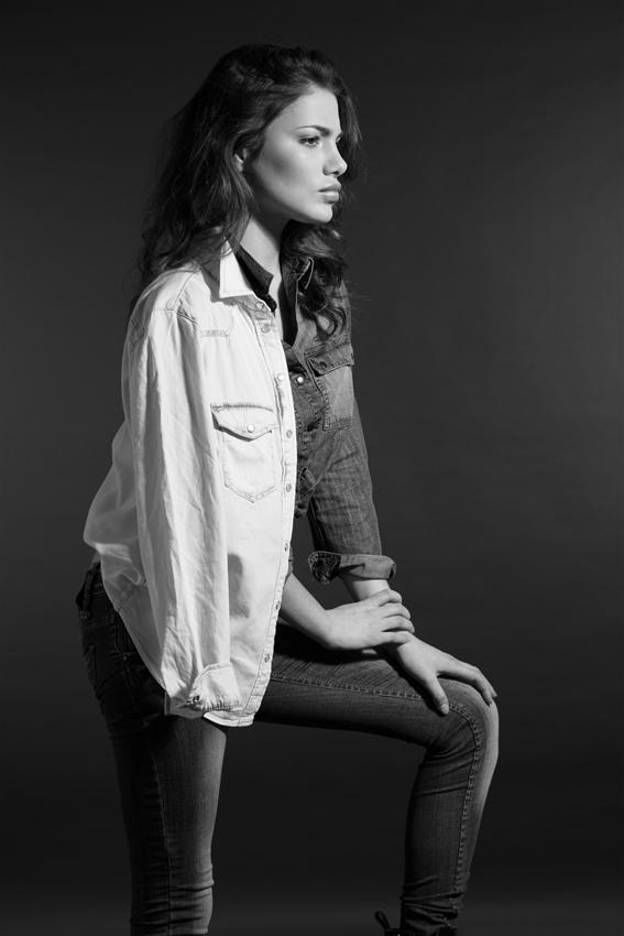 Amina Dagi by Daniel Gossmann_2