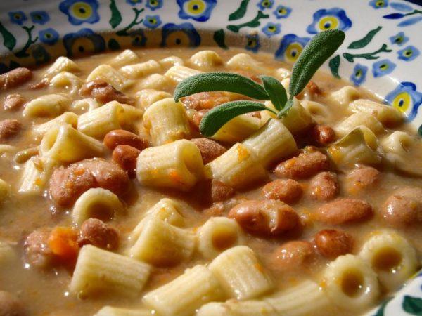 Bønnesuppe_med_pasta