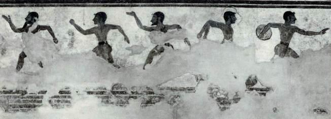Tomba delle Olimpiadi. Necropoli dei Monterozzi, Tarquinia. Parete destra. Vari esercizi ginnici: discobolo, saltatore e podisti