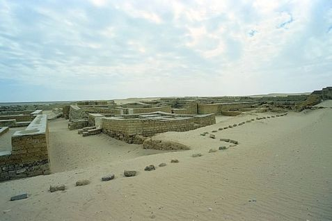 Tebtunis, una città antica in Egitto. Immagine di Roland Unger