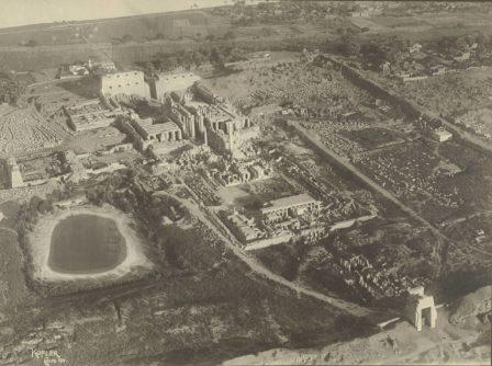 Fotografia aerea del complesso di Karnak nel 1914 - Cornell University Library