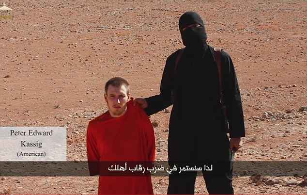 Nuovo video dell'orrore, l'Isis decapita Peter Kassig