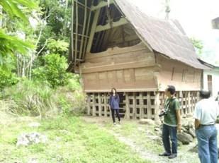 rumah batak
