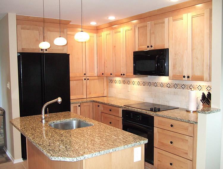 DIY Kitchen Tile Backsplash Remodeling Ideas Design Design ... on Natural Maple Cabinets With Black Granite Countertops  id=26752