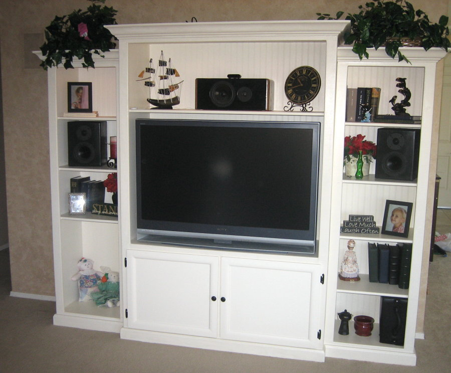 Our New Custom-Built DIY Entertainment Center | blog for whoever