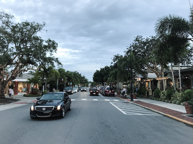 5th street naples florida