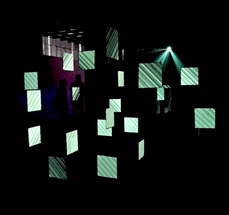 2010 | Flow | installation AV | projection volumétrique