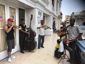 Musiciens des rues cubaines