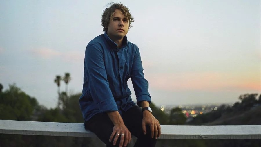 "Nieuwe single Kevin Morby – ""Aboard My Train"""