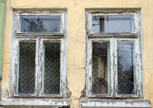 distressed window repair