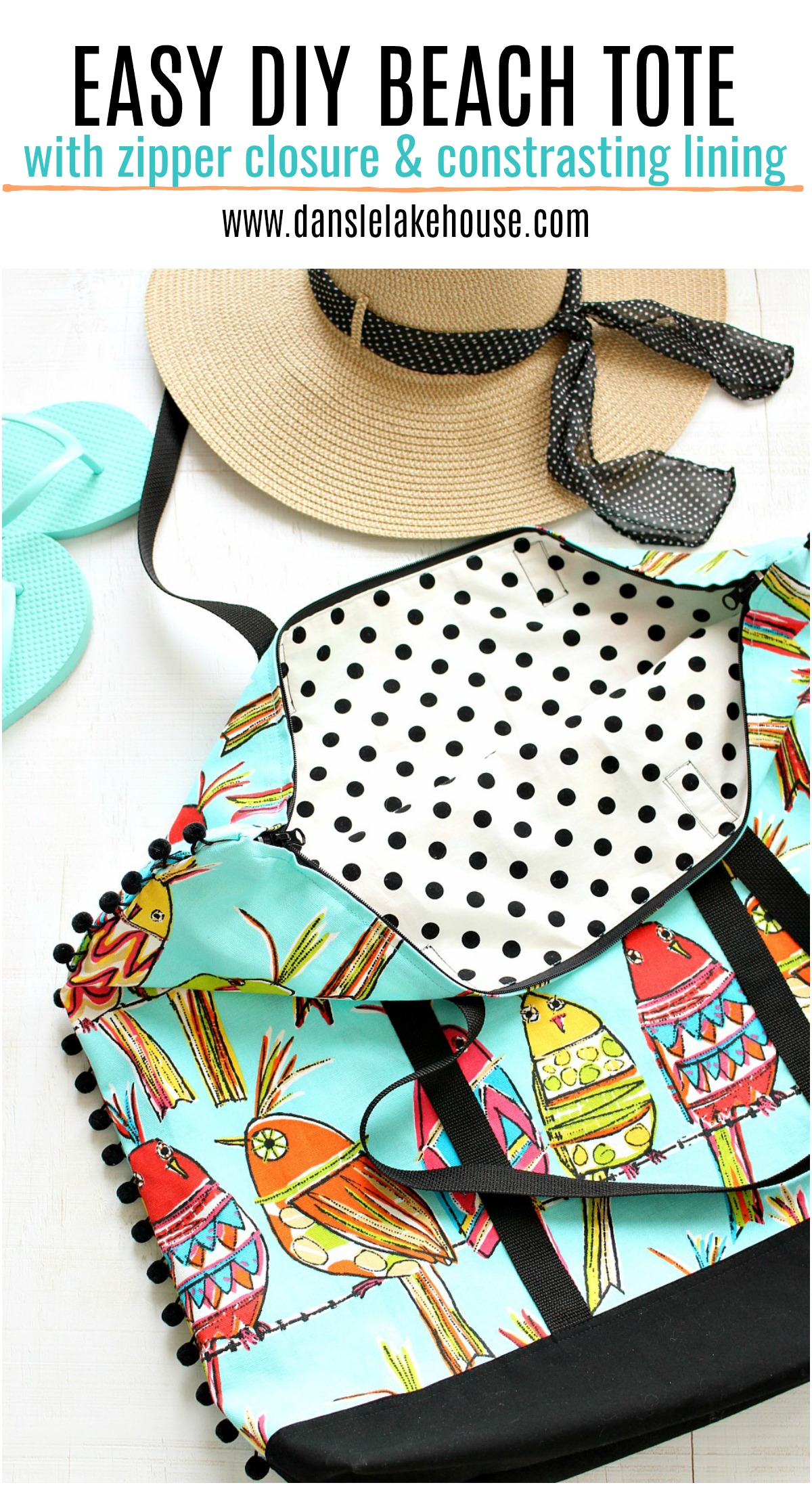 Easy DIY beach tote with zipper closure and contrasting lining