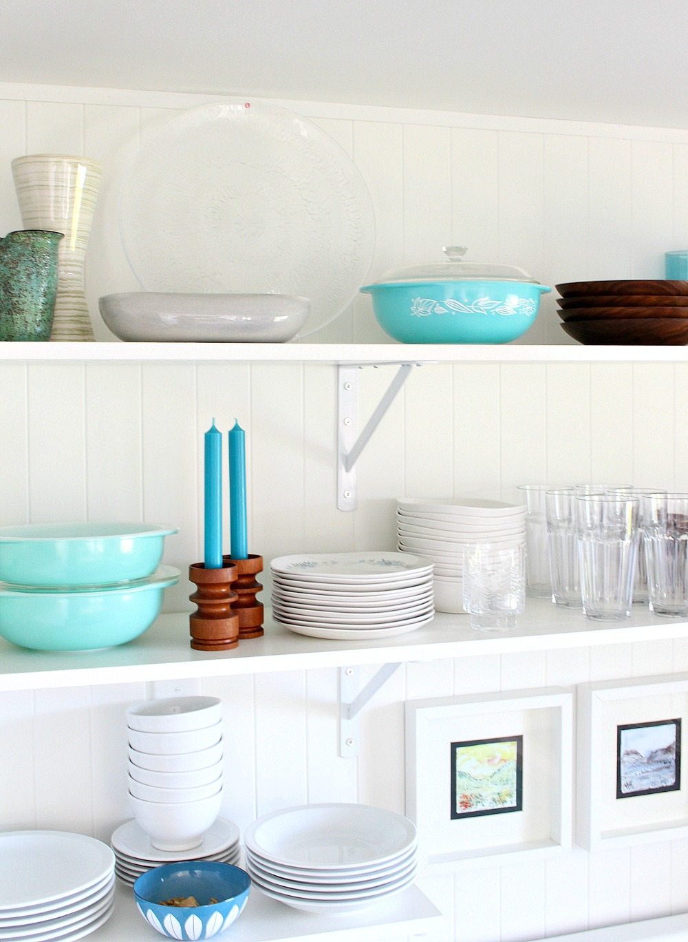 Vintage Styled Kitchen Open Shelving