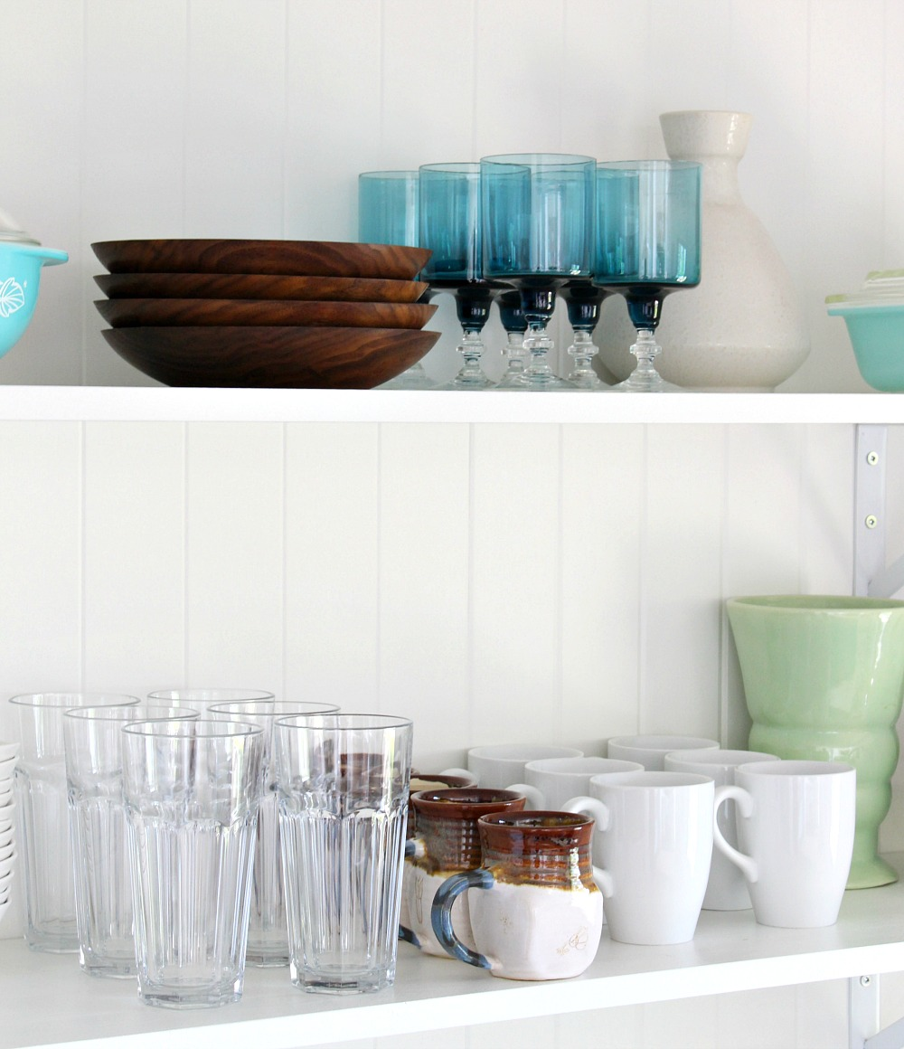 Vintage Kitchen Shelving Decor