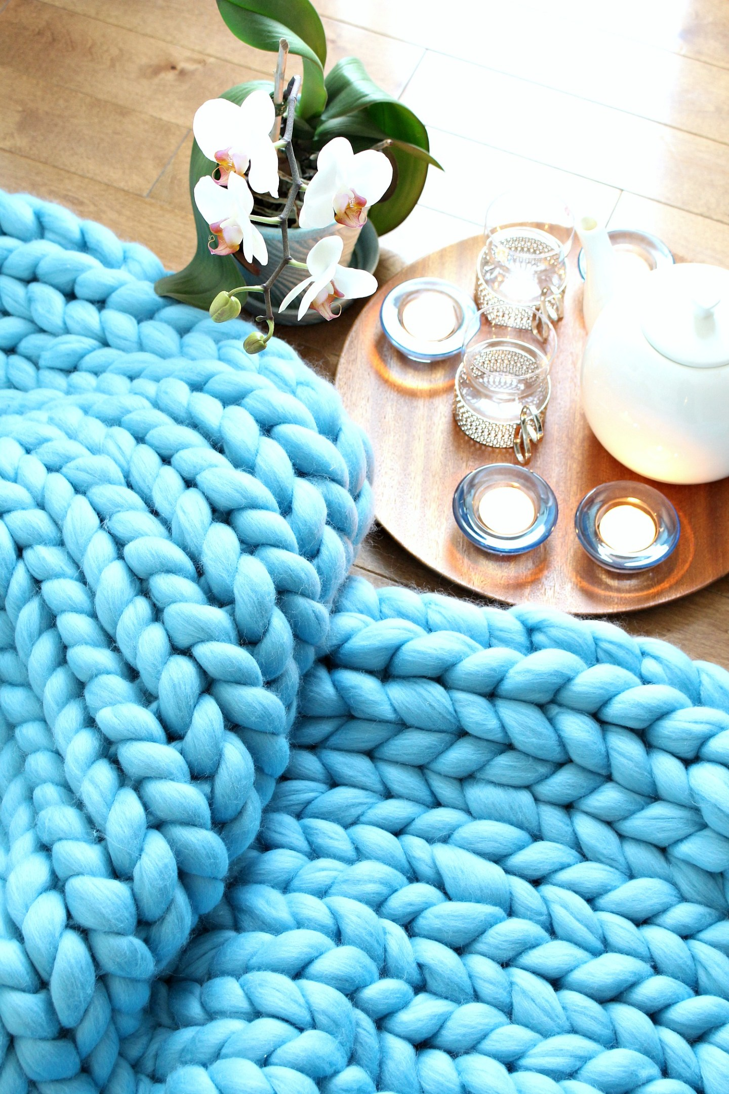 arm knitting photos