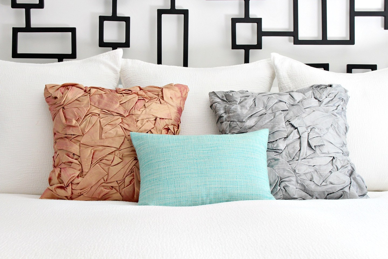 DIY folded silk pillow tutorial