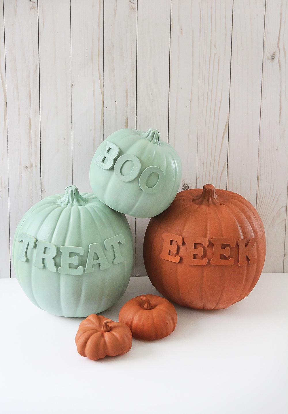 Modern text lettering pumpkins